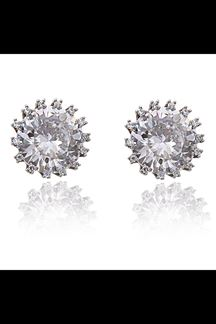 Picture of Designer rhodium color studs