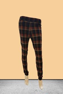 Picture of Black checkered joggers style jeggings
