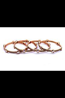 Picture of Distinctive gold plated designer bangles