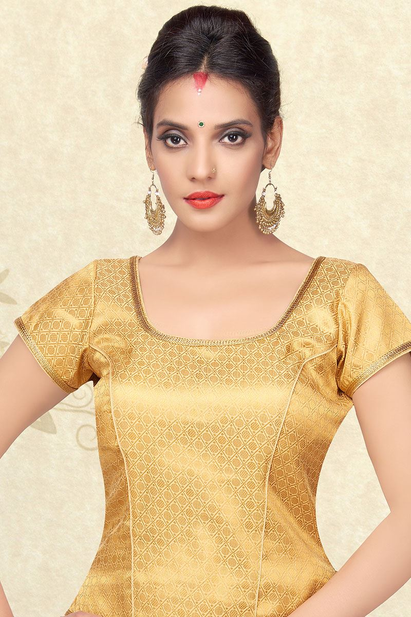 2a0ff3369 Picture of Tantalizing gold designer brocade blouse