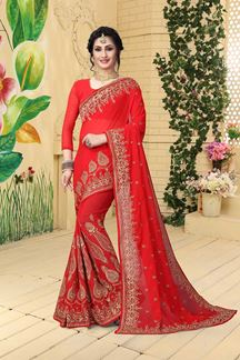 Picture of Relishing red designer saree with zari