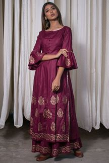 Picture of Alluring magenta designer floor length dress