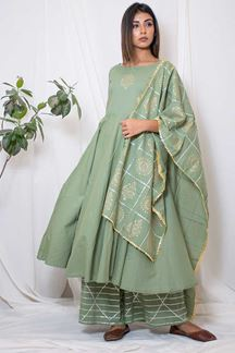 Picture of Spectacular pista green designer suit