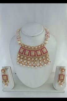 Picture of Flashy pink stone choker necklace set