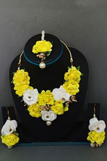 Picture of Yellow & white designer necklace set