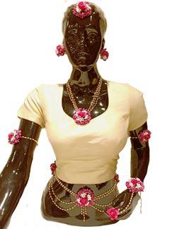 Picture of Pink & white designer floral necklace set