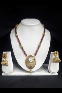 Picture of Capricious designer Antique Gold pendant Necklace set