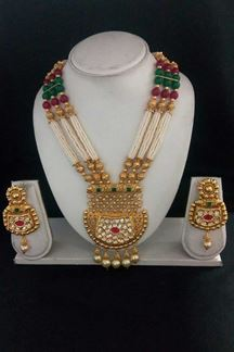 Picture of Differently Designed in three Layer of Necklace Set with matching earring