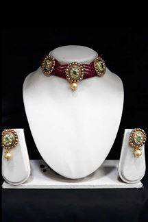 Picture of Pearls Choker Necklace Set with green Kundan