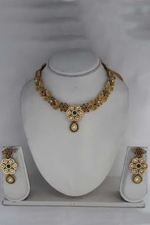 Picture of Gold Plated Designer Spiral Floral Bead Necklace with Earrings