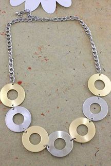 Picture of Gold & Silver Necklace Set In a Round Choker