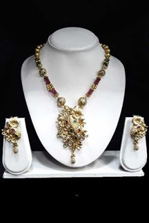 Picture of Gold Plated Zinc Finish Ethnic Kundan Stone Necklace Set