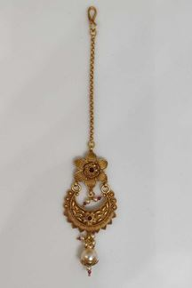 Picture of Incredible Gold Plated Traditional Maang Tikka With Pink Stones