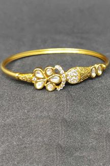 Picture of Fascinating Stone Work Golden Designer Bracelet