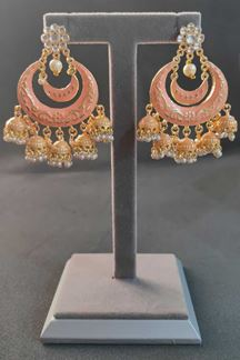 Picture of Intricate Design Kundan Chandbali Earrings In Peaches Pink Color