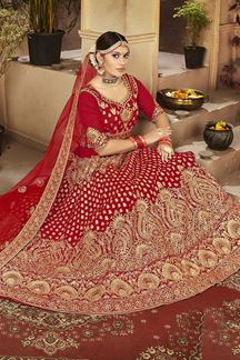 Picture of Beautiful Red Colored Bridal Wedding Wear Lehenga Choli