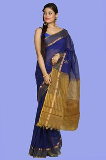 Picture of Imposing Purple Colored  Gadwal Cotton Saree