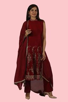 Picture of Maroon color Pant Style Suit