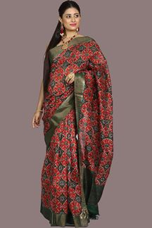 Picture of Gorgeous Maroon And Bottle Green Colored Banglore Silk Saree
