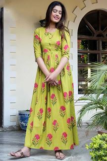 Picture of Green Colored Muslin Long Kurti