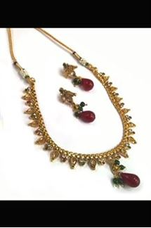 Picture of Wonderful maroon & green color necklace set