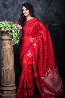 Picture of Red Colored Festive Wear Soft Raw Silk Saree