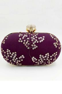 Picture of Exclusive Designer Purple Colored Oval Shape Clutches
