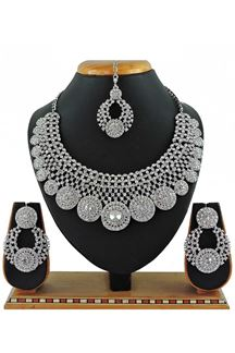 Picture of Artificial White Stone Necklace Set