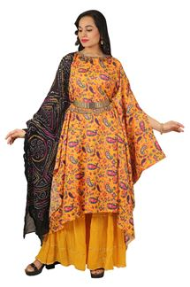 Picture of Yellow & Black Colored Caftan Style Suit
