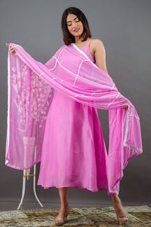 Picture of Light Purple Colored Russian Silk Partywear kurti with Dupatta