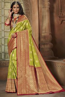 Picture of Green & Red Colored Weaving Silk Saree