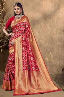 Picture of Stunning Red Colored Festive Wear Silk Saree
